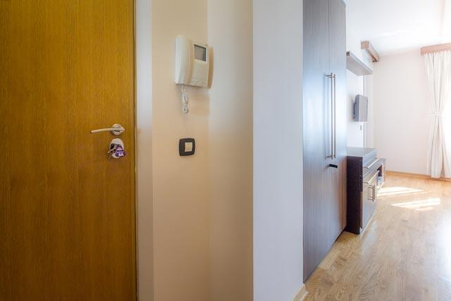 Hodnik | Apartman B 205 | Apartmani Beograd